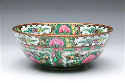 Sale 9098 - Lot 305 - Large Cantonese bowl decorated with flowers, birds and butterflies (Dia23cm H8.5cm)