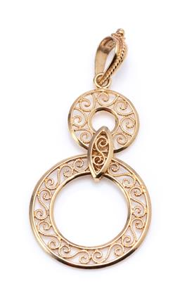Sale 9194 - Lot 347 - A 9CT GOLD FILIGREE PENDANT; featuring a 12.5 and a 21mm round disc with scroll wire work with a marquise shape uniting link, size 4...