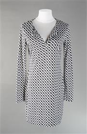 Sale 8493A - Lot 10 - A 100% silk Diane Von Furstenberg dress, monochrome, US size 2