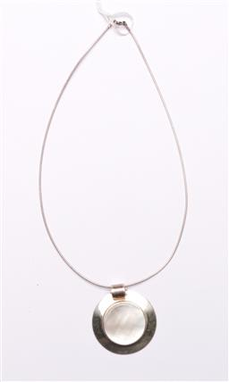 Sale 9098 - Lot 333 - Modernist Danish Style Mother of Pearl and Sterling Silver Disc Pendent on Silver Chain , H:4.5cm