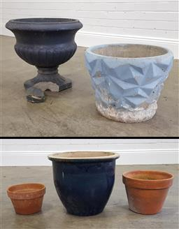 Sale 9215 - Lot 1571 - Collection of five varied planters in concrete & terracotta examples (varied sizes)