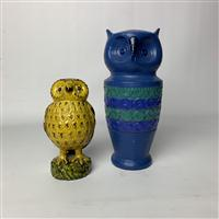 Sale 8725A - Lot 4 - A large mid century Italian pottery owl in blue and green, marked 8222 to base, height:  30cm together with a vintage Bassano owl in...
