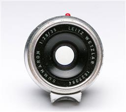 Sale 9093 - Lot 14 - A Leica Summaron Lens (1:2.8/35cm)