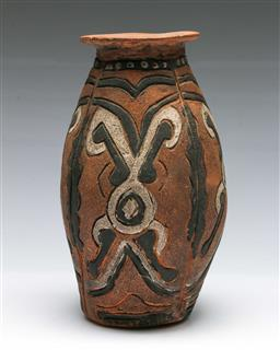 Sale 9156 - Lot 249 - Black and white decorated terracotta vase (H:23cm)