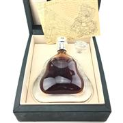 Sale 8628 - Lot 795 - 1x Hennessy Richard Hennessy Cognac - Baccarat Crystal decanter with stopper, in leather presentation box with certificate