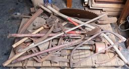 Sale 9191W - Lot 759 - A large quantity of rustic iron garden tools