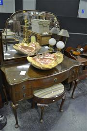 Sale 8134 - Lot 1007 - Mirrored Back 5 Drawer Dressing Table on Cabriole Legs
