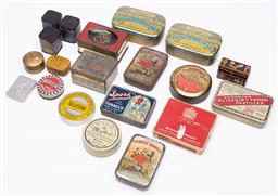 Sale 9185E - Lot 75 - A quantity of vintage brass and other tins