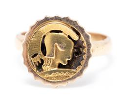 Sale 9260H - Lot 303 - A 14ct two tone gold ring; circular top featuring centurion, size 14 x 14mm on plain band, size N1/2, wt. 5.57g.