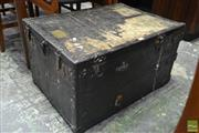 Sale 8528 - Lot 1018 - Vintage Fitted Burton & Bro Travelling Case