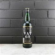 Sale 8976W - Lot 83 - 1x WM Sanderson Vat 69 Blended Scotch Whisky - old bottling, 700ml