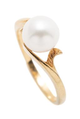 Sale 9253J - Lot 367 - AN 18CT GOLD PEARL RING; featuring a 7.4mm round cultured pearl to split wrap around shoulders, size L1/2, wt. 3g.