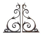 Sale 8599A - Lot 18 - A pair of French wrought iron heavy shelf brackets, H 78 x W 45 cm