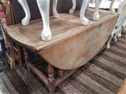 Sale 8740 - Lot 1555 - Drop Leaf Farm House Table