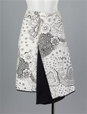 Sale 8661F - Lot 29 - A Weekend Max Mara floral printed skirt with asymmetrical zip, size GB 10