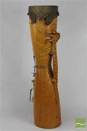 Sale 8520T - Lot 108 - Light wood drum with carved lizard. Crocodile carved handle with man holding head.. H 74 cm x W 17.5 cm