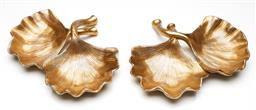 Sale 9246 - Lot 37 - A pair of gilt twin Ginkgo leaf dishes (L:31cm)