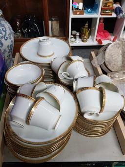 Sale 9176 - Lot 2570 - Large Collection of Noritake Ashleigh, Dinner Wares