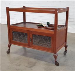 Sale 9210 - Lot 1053 - Timber drinks trolley with 2 doors below (h90 x w100 x d52cm)