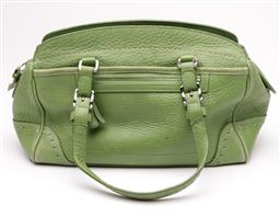 Sale 9145 - Lot 399 - A COACH GREEN LEATHER HAND BAG; with two exterior open sections as well as a front zippered compartment, silver tone hardware, creed...