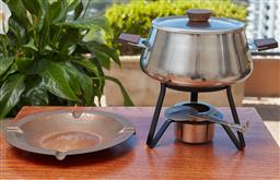 Sale 9099 - Lot 286 - A Fondue with burner and  a copper plate
