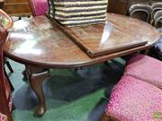 Sale 8611 - Lot 1089 - Round Extension Dining Table (winder in office)