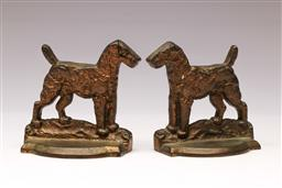Sale 9119 - Lot 11 - Pair of figural bronze bookends of dogs (H:12cm)