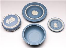 Sale 9144 - Lot 421 - Small collection of Wedgwood jasperware incl lidded container (Dia:13cm), small bowl and pin dishes