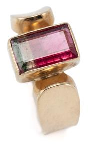 Sale 9054 - Lot 345 - A 14CT GOLD BICOLOUR TOURMALINE RING; rub set with a rectangular cut pink brown tourmaline of approx. 2.04ct to rounded shoulders, s...