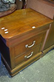 Sale 8093 - Lot 1536 - Drexel 2 Drawer Bedside Cabinet