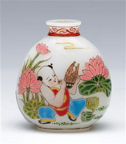 Sale 9098 - Lot 345 - Painted Chinese Composite Snuff Bottle - missing stopper (H:6.5cm)