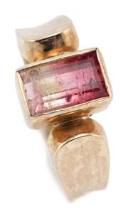 Sale 9066 - Lot 337 - A 14CT GOLD BICOLOUR TOURMALINE RING; rub set with a rectangular cut pink brown tourmaline of approx. 2.08ct to rounded shoulders, s...