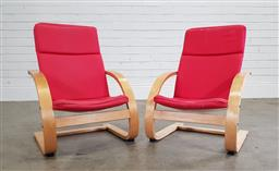 Sale 9188 - Lot 1580 - Pair of childrens chairs (h:65 x w:46cm)