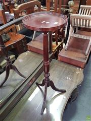 Sale 8566 - Lot 1295 - Timber Jardiniere Stand (90)