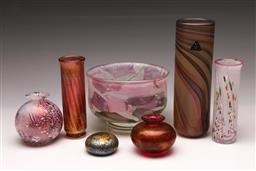 Sale 9119 - Lot 72 - A collection of Isle of Wight glasswares inc vases (H:20cm) and bowl (Dia:15cm)