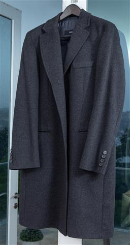 Sale 9150H - Lot 84 - A Boss by Hugo boss cashmere-wool trench coat, size UK50