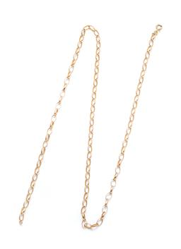 Sale 9253J - Lot 338 - A 9CT GOLD CHAIN; 4.7mm wide cable link chain to a bolt ring clasp, length 61cm, (clasp not working), wt. 9.05g.