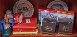 Sale 9103H - Lot 16 - A shelf lot of wares pertaining to Anzac and Sydney 2000.