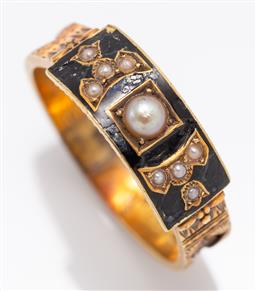 Sale 9180E - Lot 17 - A 13ct gold mourning ring with seed pearls and hair lockets to sides, resized, by makers marked rubbed, size Q 1/2, in ring box