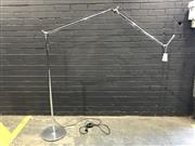 Sale 9002 - Lot 1007 - Artimedes Chrome Floor Lamp with Articulated Arm (h:195cm)
