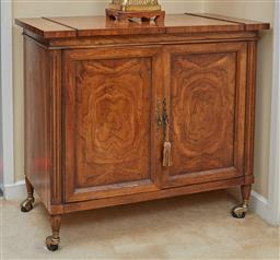 Sale 9097H - Lot 44 - An elm American two door hinged lid cocktail cabinet, Height 80cm x Width 92cm x Depth 48.5cm