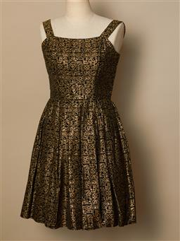 Sale 9093F - Lot 70 - A Vintage Vera Mont Paris Gold & Black Brocade Cocktail Dress made in size 8 Condition original full-length cut to made into short c...