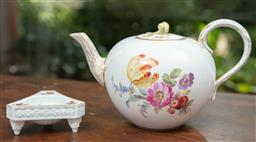 Sale 9120H - Lot 26 - A Meissen floral decorated tea pot together with a tri-footed table salt, Length of teapot 23cm