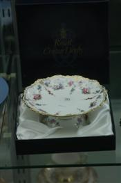 Sale 7874 - Lot 26 - Royal Crown Derby Royal Antoinette Boxed Dish