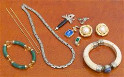 Sale 9239H - Lot 72 - A small quantity of costume jewellery