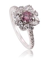 Sale 8866J - Lot 1 - A MAGNIFICENT LADYS PINK AND WHITE DIAMOND CLUSTER RING