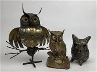 Sale 8725A - Lot 41 - Three mid century modern brutalist metal owl sculptures of hollow pierced form. Tallest 24cm