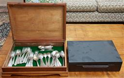 Sale 9103M - Lot 553 - An unlined timber cutlery case consisting of Grosvenor Diane EPNS cutlery, together with a locked timber case.