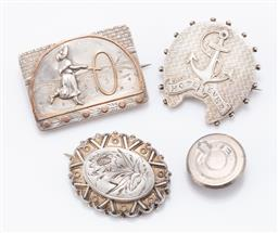 Sale 9180E - Lot 112 - A group of sterling silver items including brooches and label button, total combined weight 19.3g