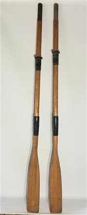 Sale 9080G - Lot 97 - Pair of timber oars . General wear , surface scratches . Size :180cm L